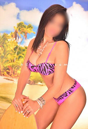 Soraya - Girl escort in Madrid