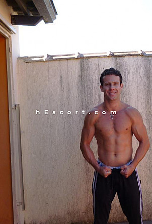 max - Male escort in Madrid