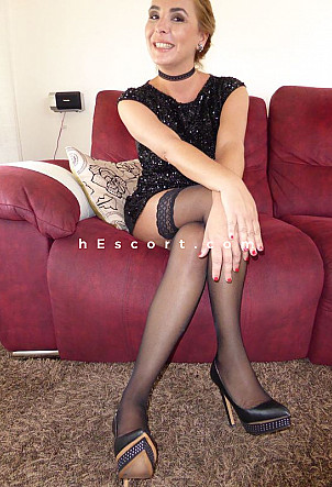 Elena - Girl escort in Palma