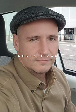 William - Hombre escort en Benalmádena