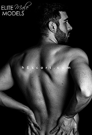 Enzo - Male escort in Madrid