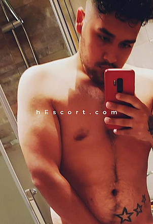 Santiago - Male escort in Madrid
